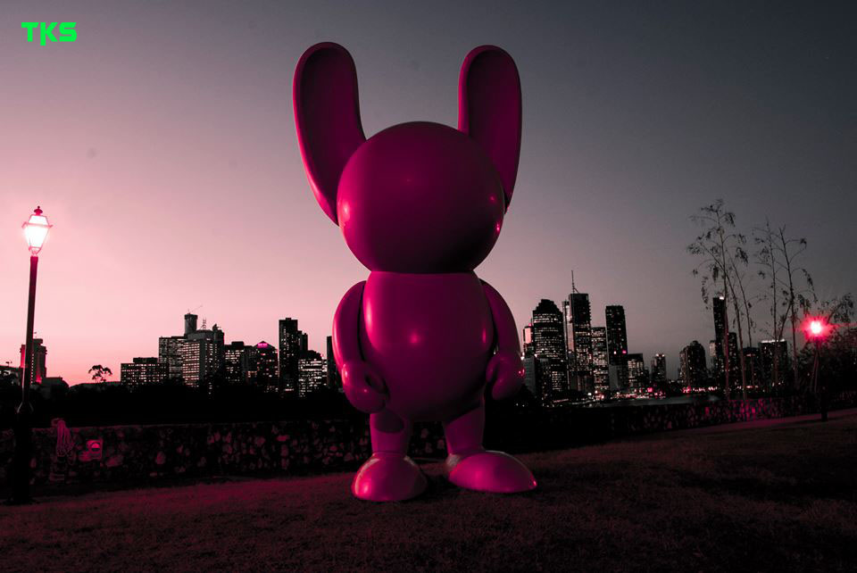 Stomie Mills' project. 4 metre tall pink rabbits interchangeably placed around Brisbane. This one was spotted at Kangaroo Point.